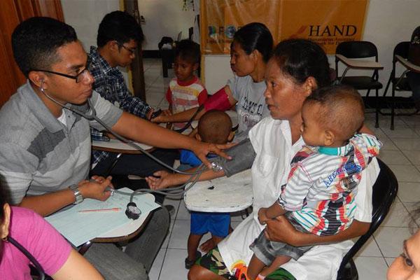 Pengobatan Gratis di Kupang, NTT